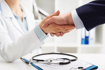 What Physicians Need to Know About Getting Hired